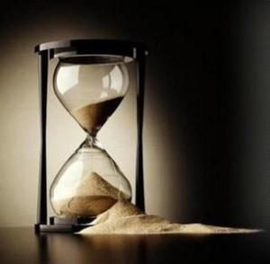 [reloj+de+arena+roto.jpg]