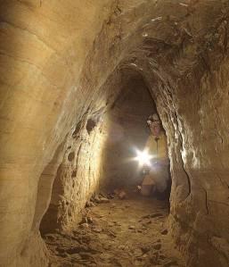 Túnel subterráneo de 12000 años