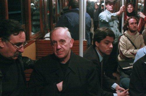 El-cardenal-Jorge-Bergoglio-en_54369268241_53389389549_600_396