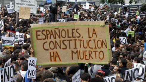 delegacion-gobierno-participantes-rodea-congreso_ediima20120925_0517_4-25552