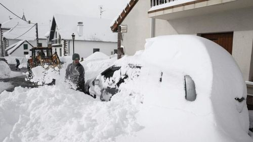 nieve-cubre-Espana-blanco_TINIMA20130210_0475_3