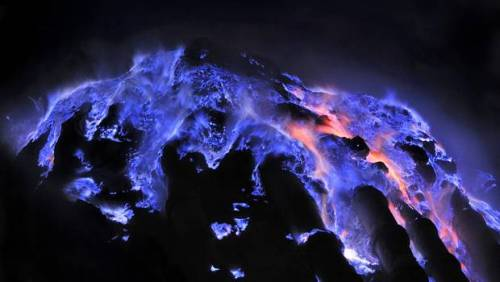 lava_azul