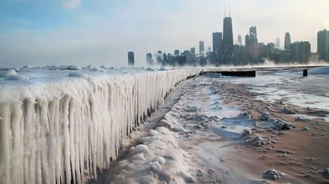 Michigan-Chicago-absolutamente-temperaturas-polaresAFP_CLAIMA20140108_0022_17