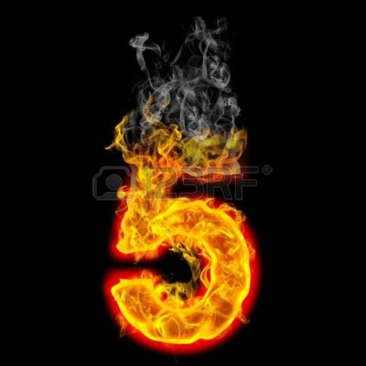 9632367-el-na-mero-5-de-ardiente-fuego