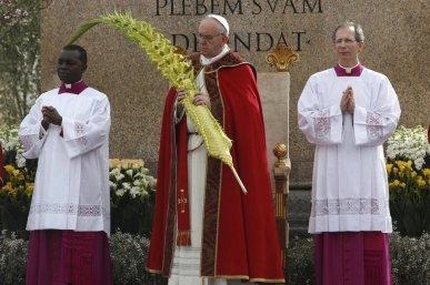 El-papa-Francisco-preside-la-p_54369533344_54028874188_960_639