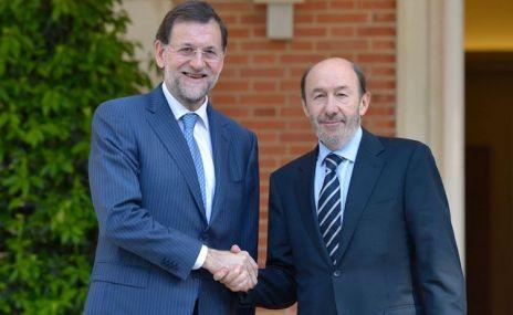 Mariano-Rajoy-Alfredo-Rubalcaba-Moncloa_ECDIMA20131130_0005_34