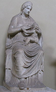 220px-Musee_Pio_Clementino-Isis_lactans