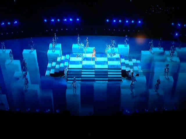 IlluminatiWatcherDotCom-Katy-Perry-Super-Bowl-duality-black-white-2