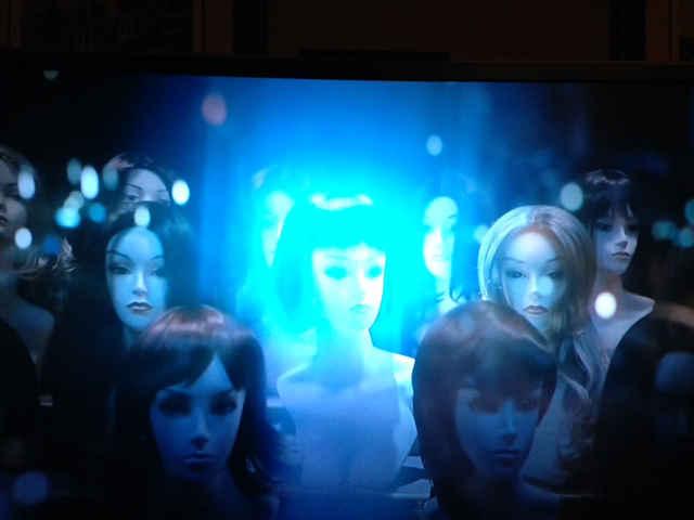 IlluminatiWatcherDotCom-Katy-Perry-Super-Bowl-wig-1-WO