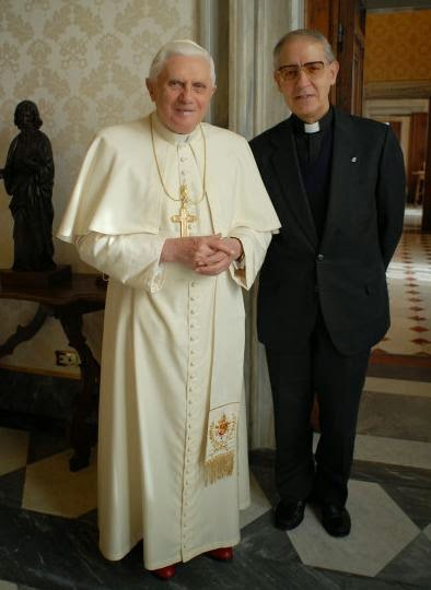 pope-ratzinger_and_adolfo-black-pope
