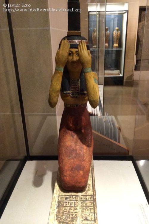 Estatua-de-la-diosa-Isis-37408