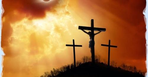 eclipse-sangriento-en-la-crucifixion