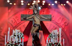 cristo-crucificado-drag-queen-canarias